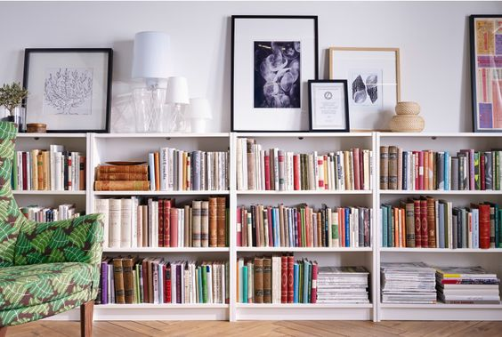 Bookshelves to illustrate a post about short books