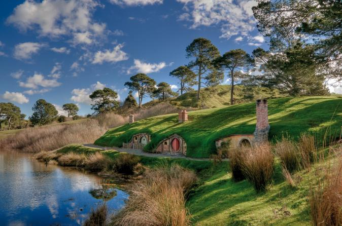 Photo of Hobbiton for a post on comforting books